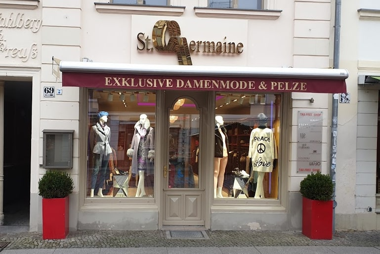 boutique-haupteingang